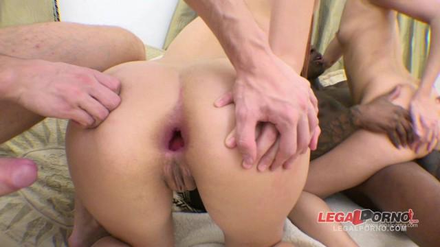 Dasha & Mia anal foursome (nasty sluts DP'ed) RS10