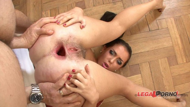 Isabella Clarck ass fucked hard by Omar Galanti
