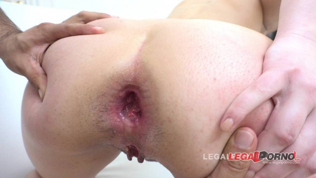 Sabrina Blanc & Susie Q got fucked by 3 guys & DP'ed RS066