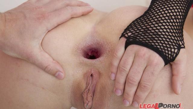 Licky Lex 0% pussy for nasty new anal slut gape training SZ599