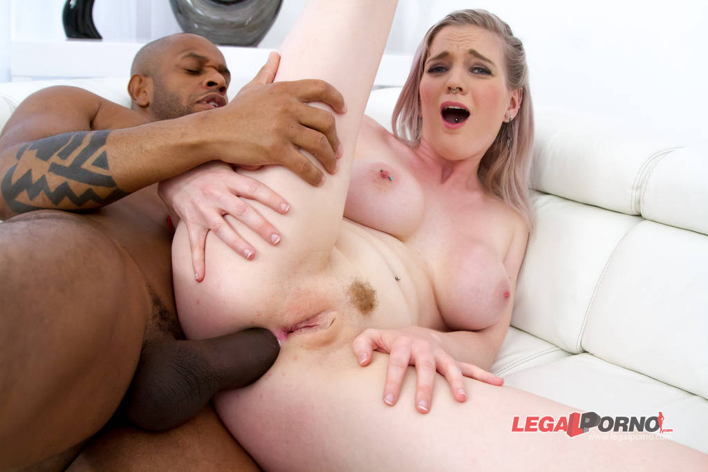 [LegalPorno] [Gonzo] Kimber Delice & Carly interracial anal & DP foursome SZ982