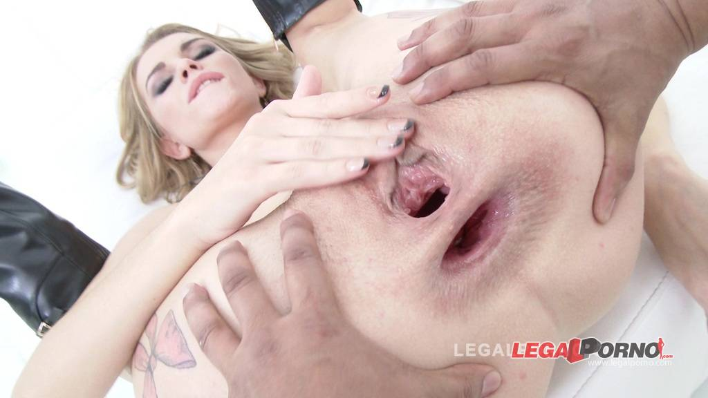 [LegalPorno] [Gonzo] Karina Grand back to studio: 3on1 airtight DP (fucked by 3 black cocks) SZ1095