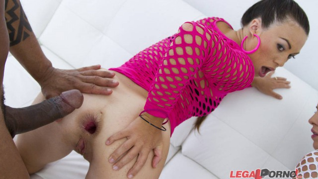 Tiffany Doll & Eveline Dellai anal & DP 4some for Legal Porn SZ1019