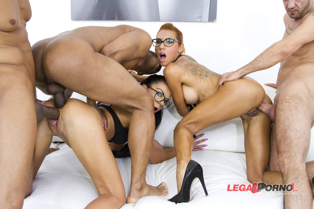 [LegalPorno] [Gonzo] Horny sluts Inga Devil & Rose Valerie anal & DP mini orgy with 3 guys SZ1071