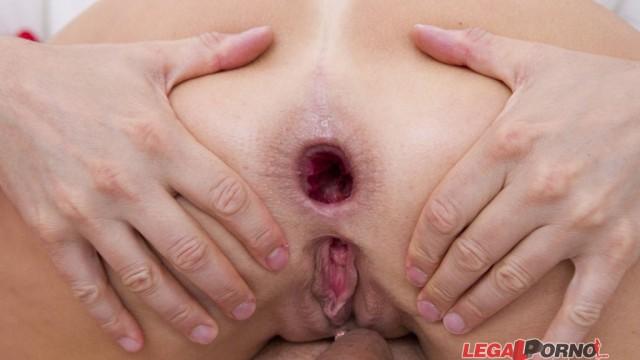 Timea Bella, Linda Sweet & Blanche Bradburry double anal orgy SZ574