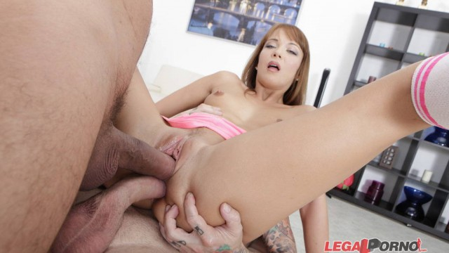 My first DP, Angelle Christine try for the first time to handle 2 cocks. Painfull anal sex, first DP and double facial GL015