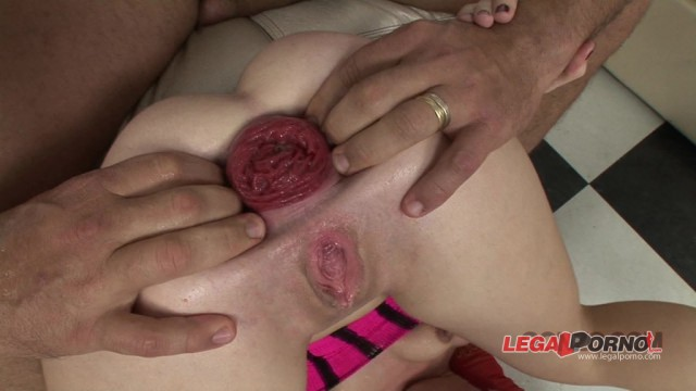 Giorgio Grandi Exclusive #135 Isabella Clark double anal threesome, anal fisting and anal prolapse
