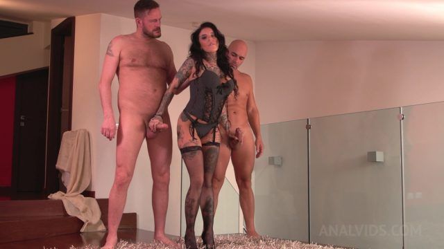 Inked slut Yemaya Gonzalez Gaped and DP'ed by two huge cocks MS005