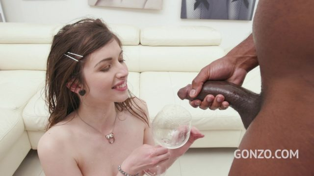 Susan Ayn returns to Gonzo to get fucked again & drink some piss SZ2440
