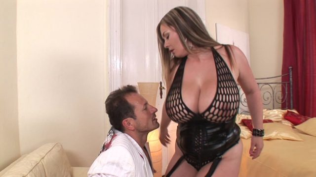 Big titty babe Constance Devil enjoys a big dick in between her juicy jugs GP1345